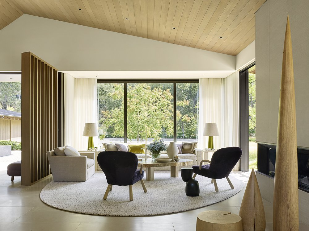 Oak Woodland by Walker Warner Architects living room
