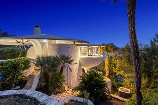 Austin's Weird and Wonderful Sand Dollar House Can Be Yours for $2.2M Clams