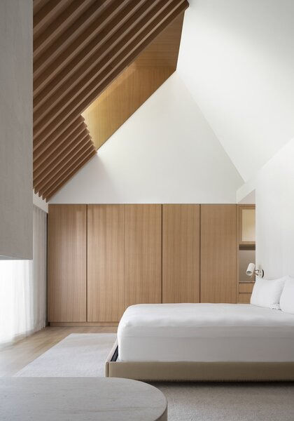 White oak casework compliments the master suite.