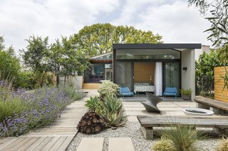 Top 9 Gardens of 2020: The verdant spaces nominated for the Dwell Design Awards help enliven their biophilic homes.