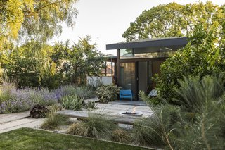 Design, Bitches turns a typical Atwater Village home into a lush hideaway with a new, cedar-clad guesthouse.