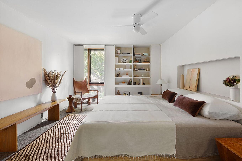 Joseph and Mary Merz Residence bedroom