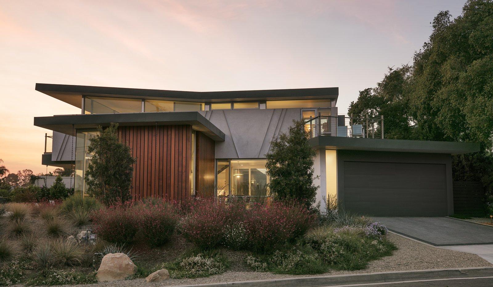 Mesa Contemporary home exterior