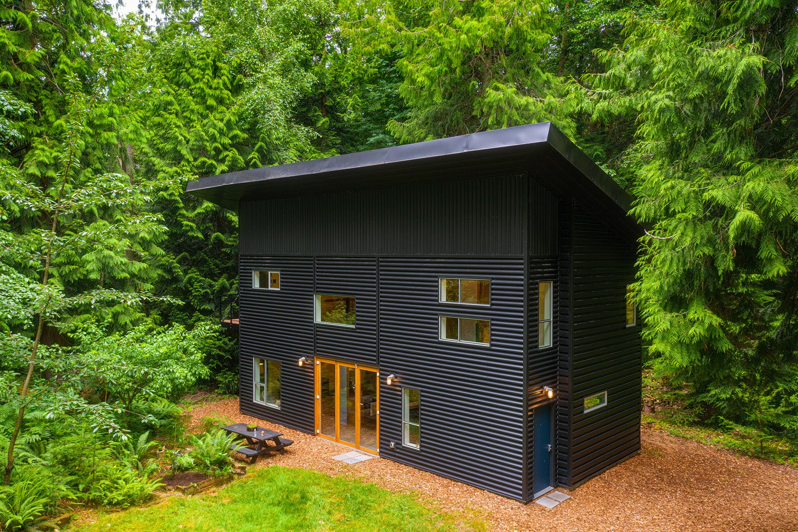 Pacific Northwest Homes: Design and ideas for modern living