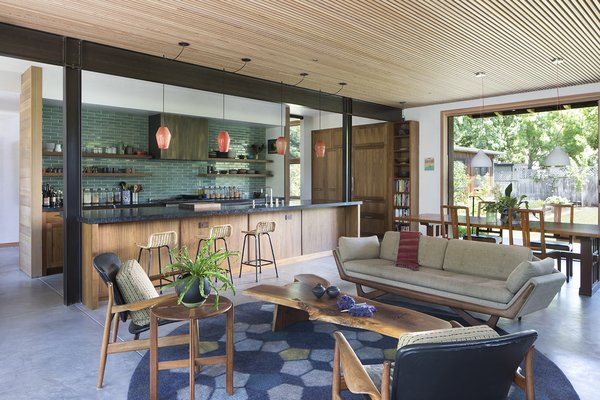 My House: A Bay Area Restaurateur's Woodsy Retreat Prioritizes Community