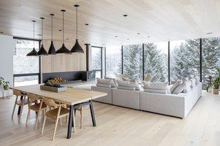 This Minimalist Ski Cabin in Whistler Shines in Every Season