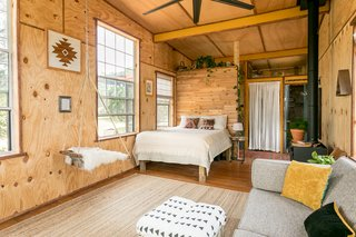 Off Grid Cabin in the Texas Hill Country