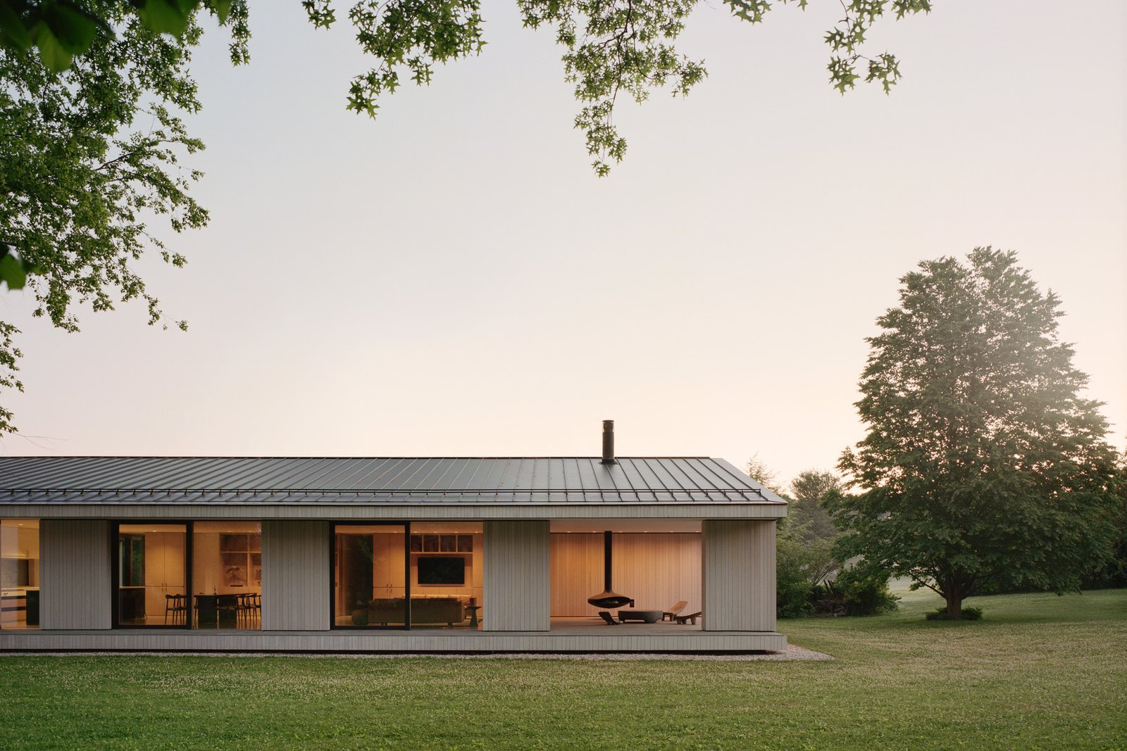 Sheffield residence by Vincent Appel / Of Possible exterior at dusk