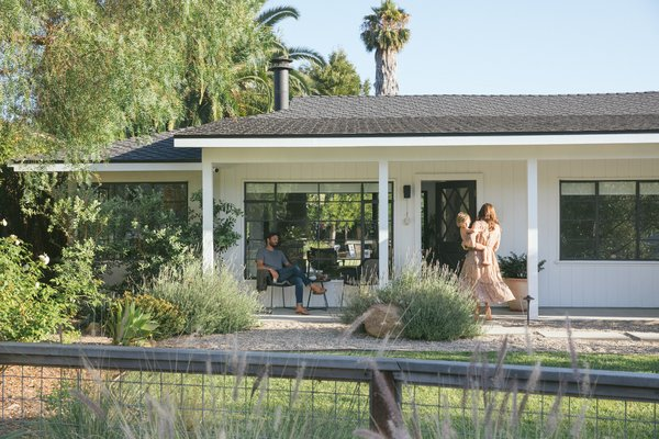 Homeowner and general contractor Clint Unander redesigned his dated Santa Barbara ranch to be a bright, airy home that combines classic California style with Scandinavian minimalism.