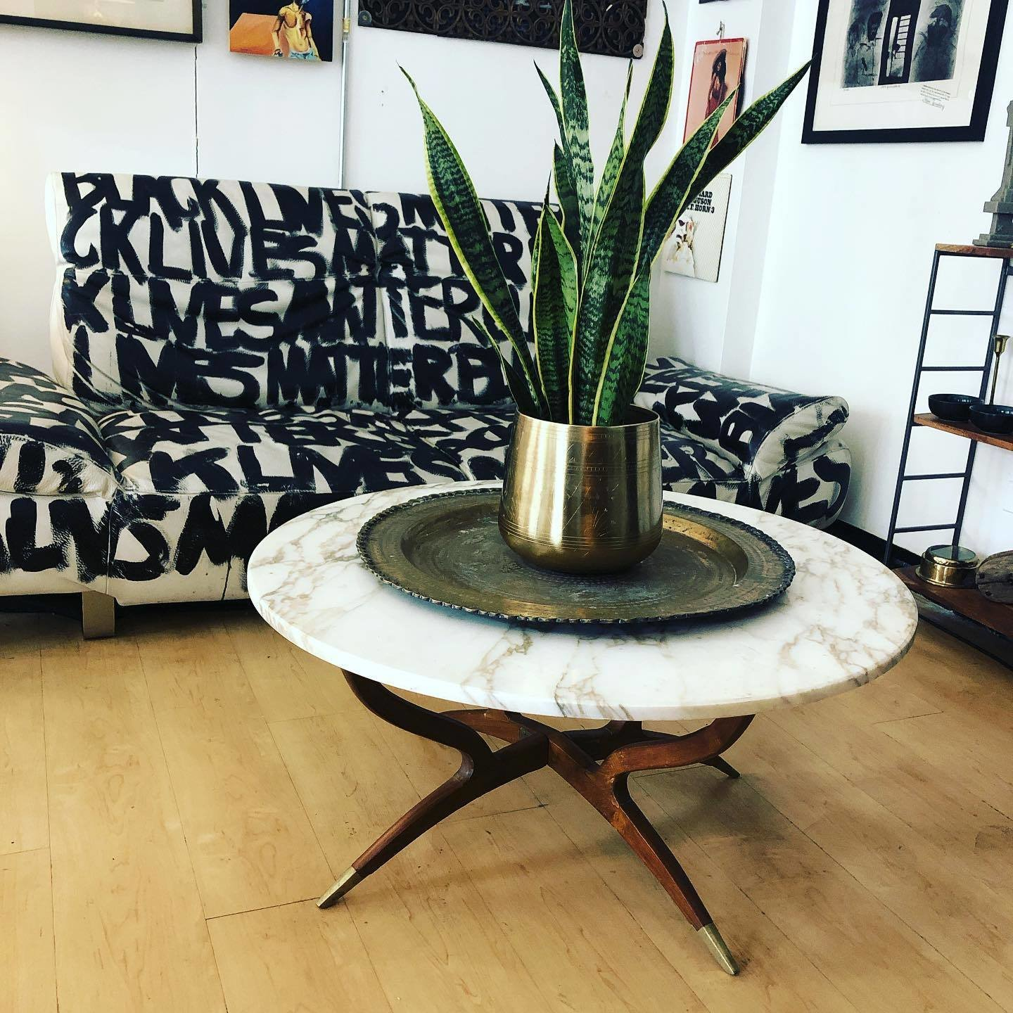 Located in Chicago's Lincoln Park neighborhood, Recycled Modern, a vintage, upcycled, and handcrafted furniture and home decor shop.    Photo 18 of 20 in Black-Owned Design Businesses You Can Support Right Now