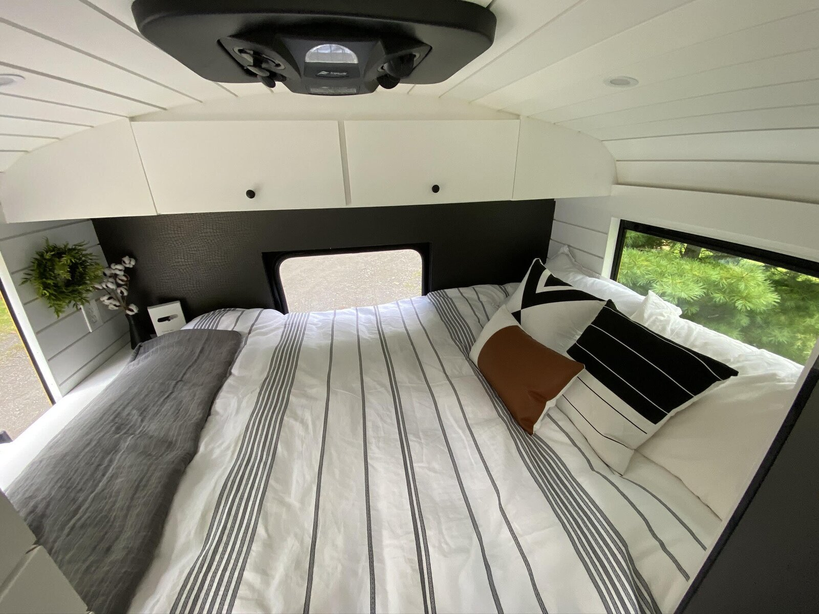 Buster the Bus bed