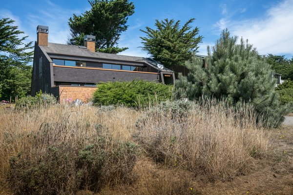 """A Sea Ranch Home Dubbed """"The Starship Enterprise"""" Lists for $899K"""