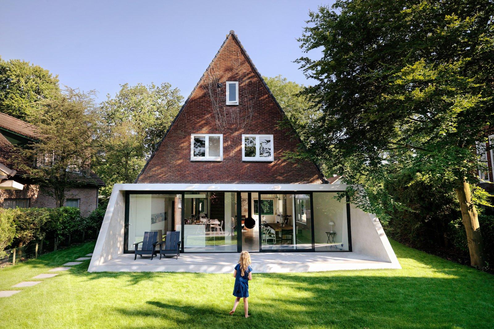 Exterior of SH House by Atelier van Wengerden