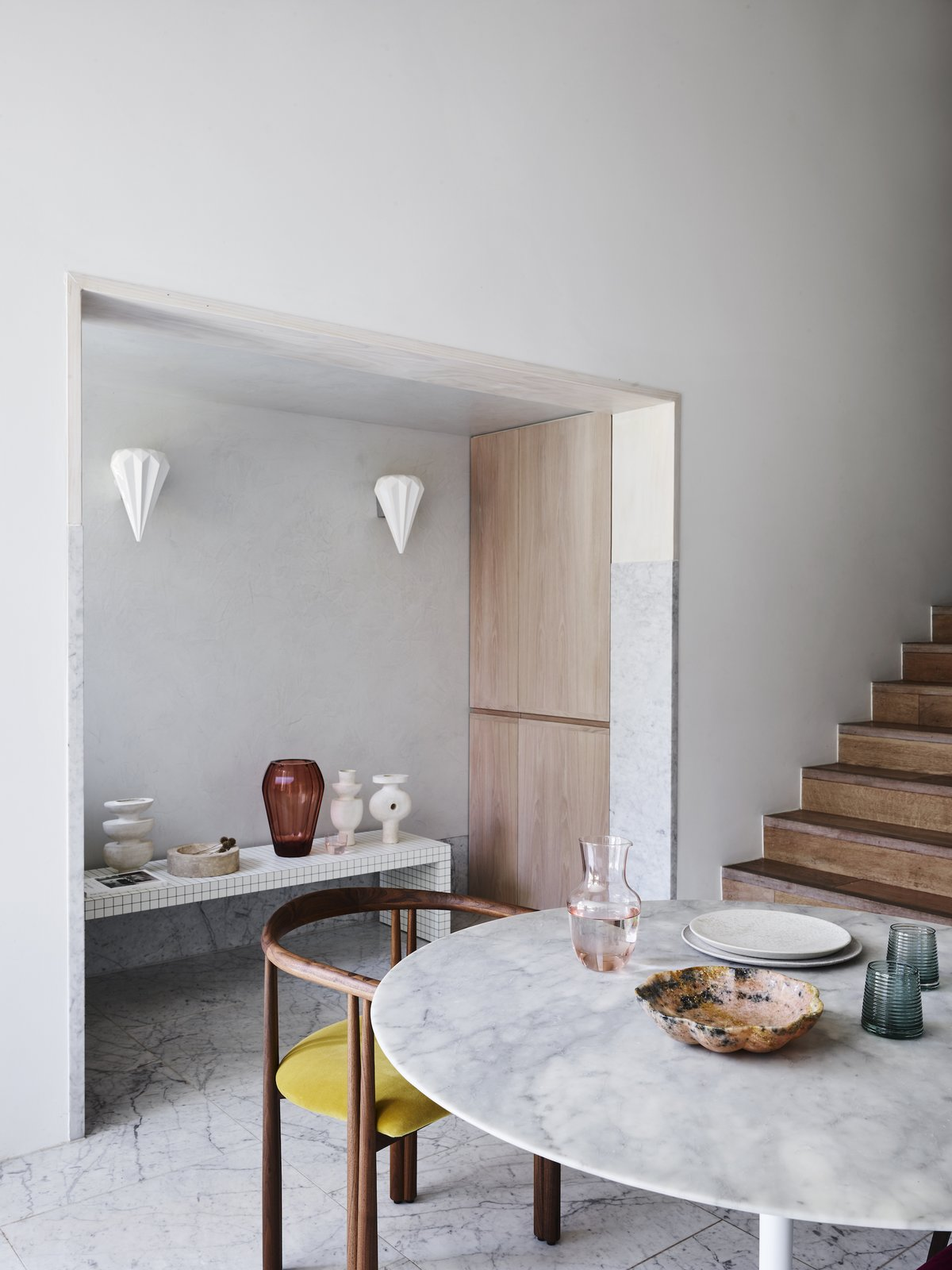 Dining area at Bondi Junction House by Alexander & CO.