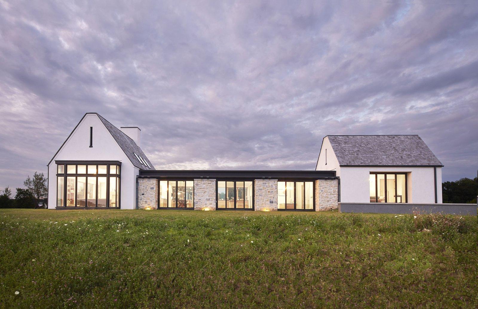 Exterior of Lake Pepin Farmhouse by TEA2