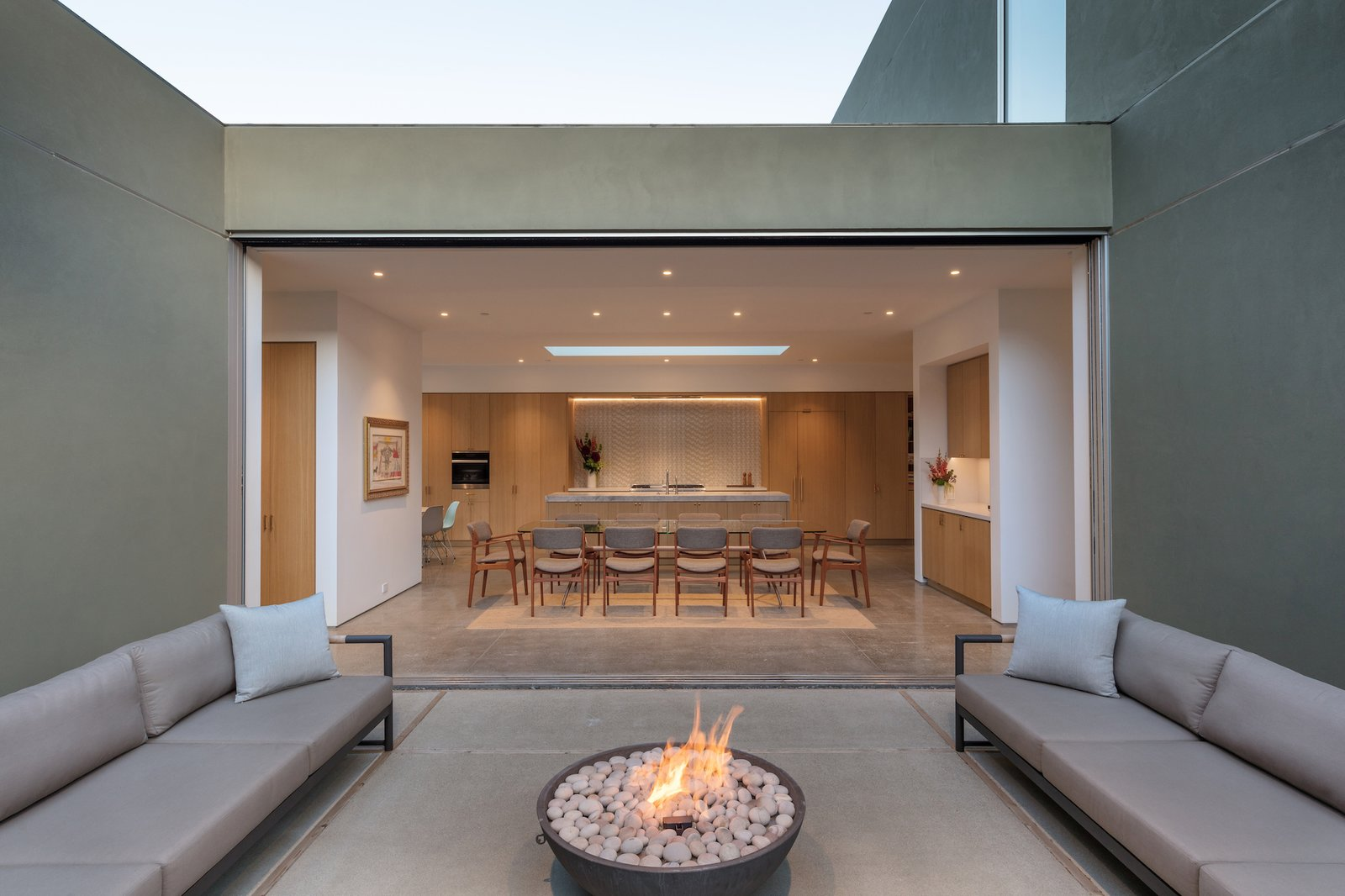 Courtyard of Culver City Case Study House by Woods + Dangaran.