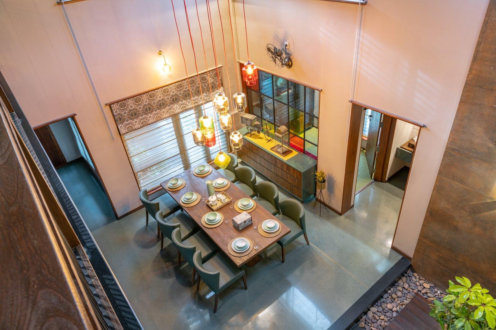 Pakhaniyil Residence dining room