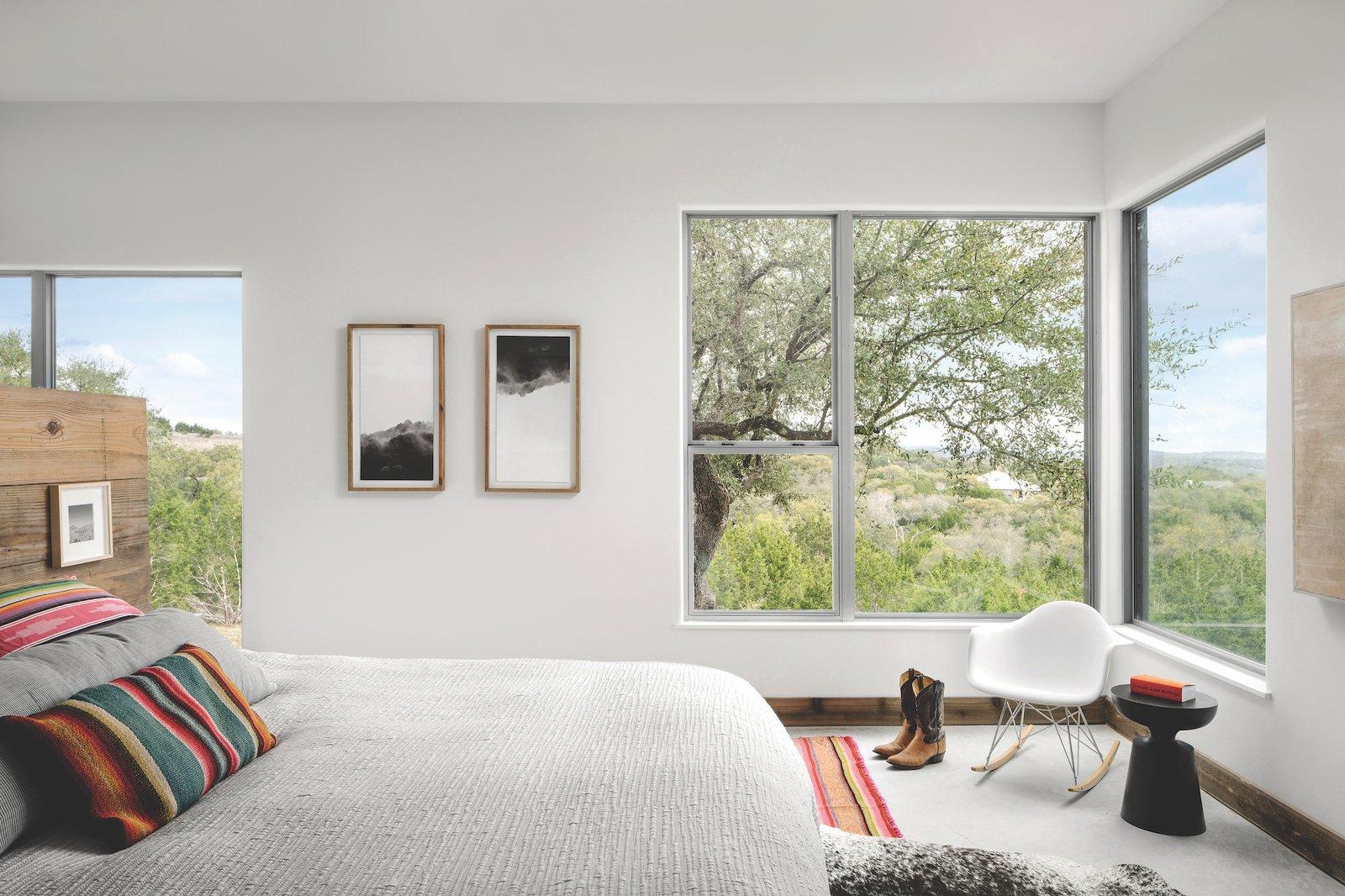 Bedroom of Dakota Mountain by LowDO.