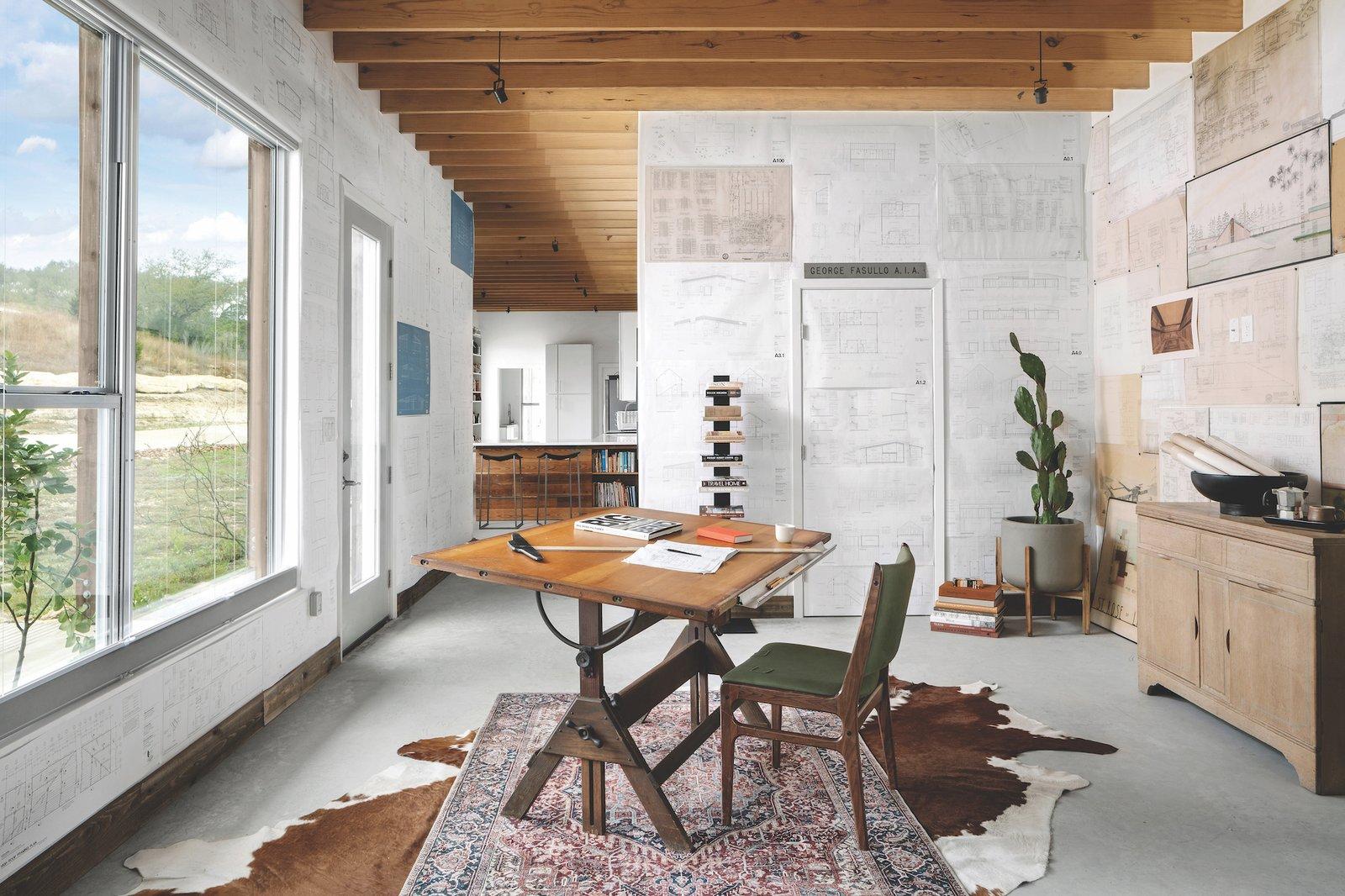 Office of Dakota Mountain by LowDO.
