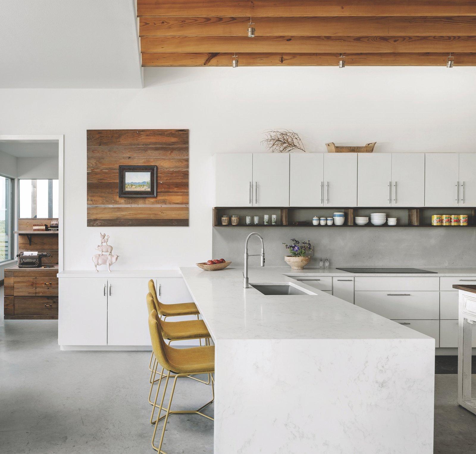 Kitchen of Dakota Mountain by LowDO.