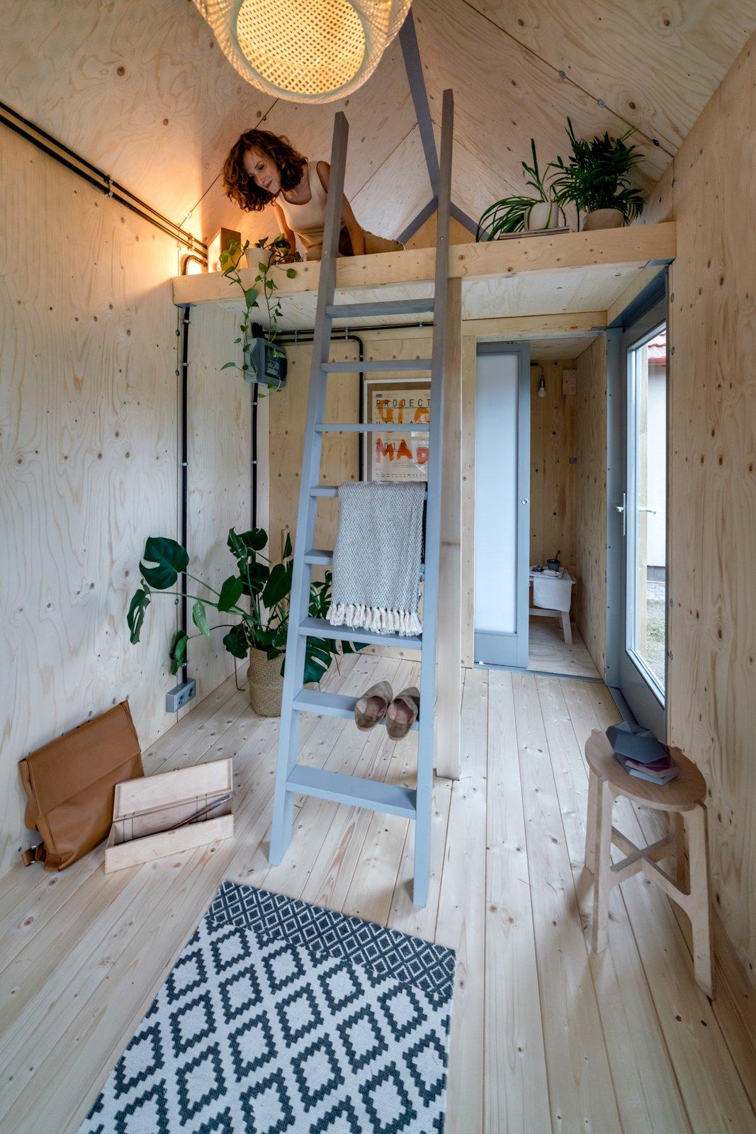 Loft bedroom of Kabinka by Hello Wood.