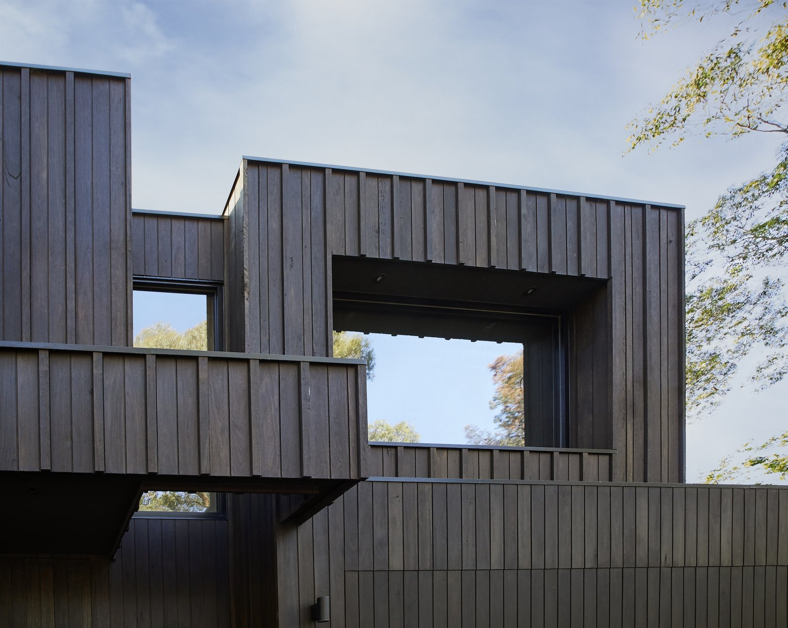Exterior of Laurel Grove by Kirsten Johnstone Architecture.