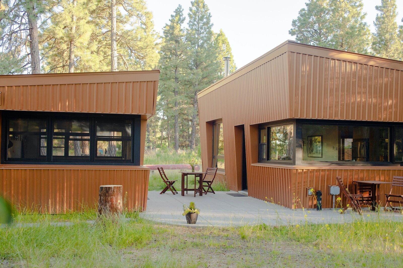 Exterior of Treegazer cabin