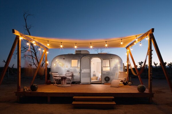 The Merchant on the Road Airstream has been curated by the mother/daughter duo behind interior design studio Merchant Modern, and features Mid-Century Modern furniture with Moroccan-inspired details.