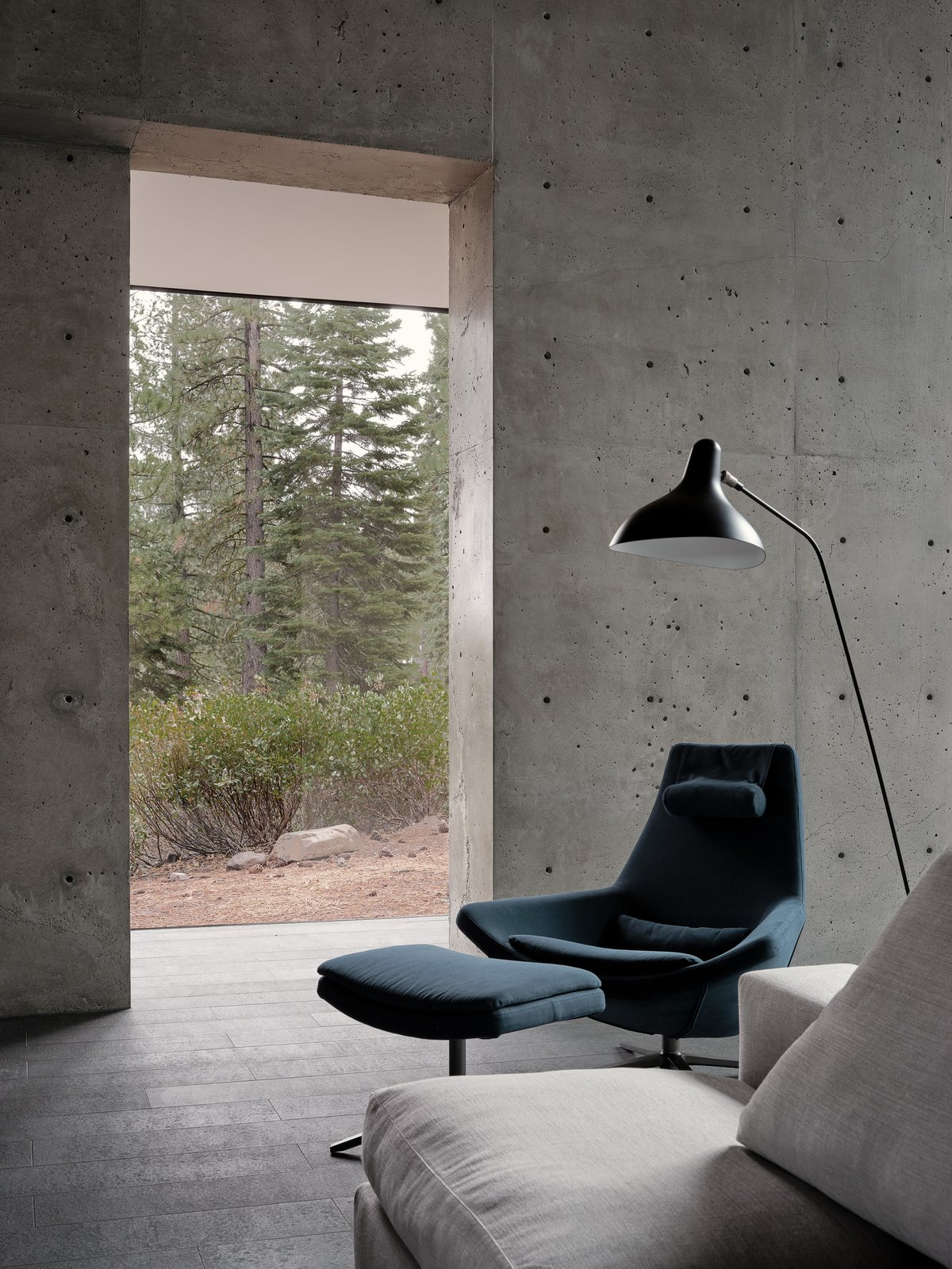 Living Room Lookout  House  Lookout House by Faulkner Architects