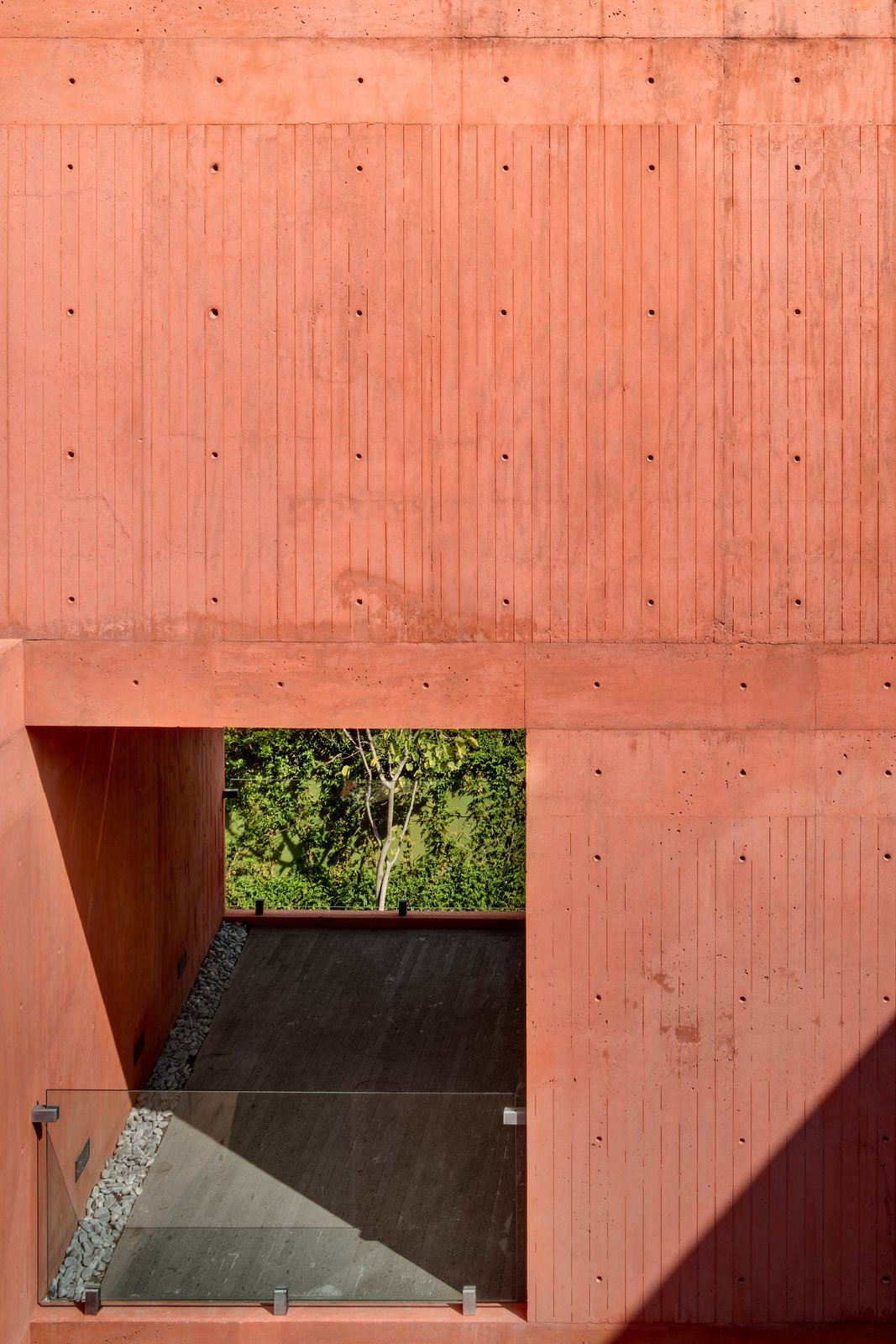CVC House by Estudio MMX - balcony