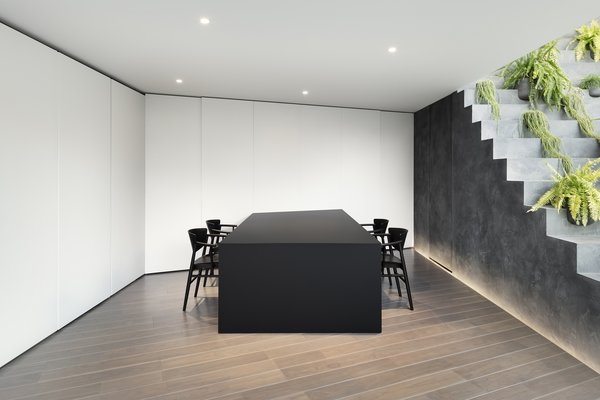 The dining area and kitchen can be separated by door panels when necessary.