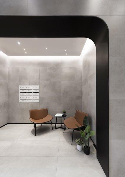 Bizhouse大堂借用了接待场所和服务式公寓的精致美感。