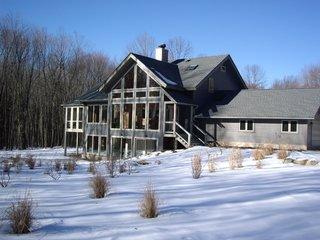 Aquarius 1 Mass Timber Geo-Solar home by Enertia®