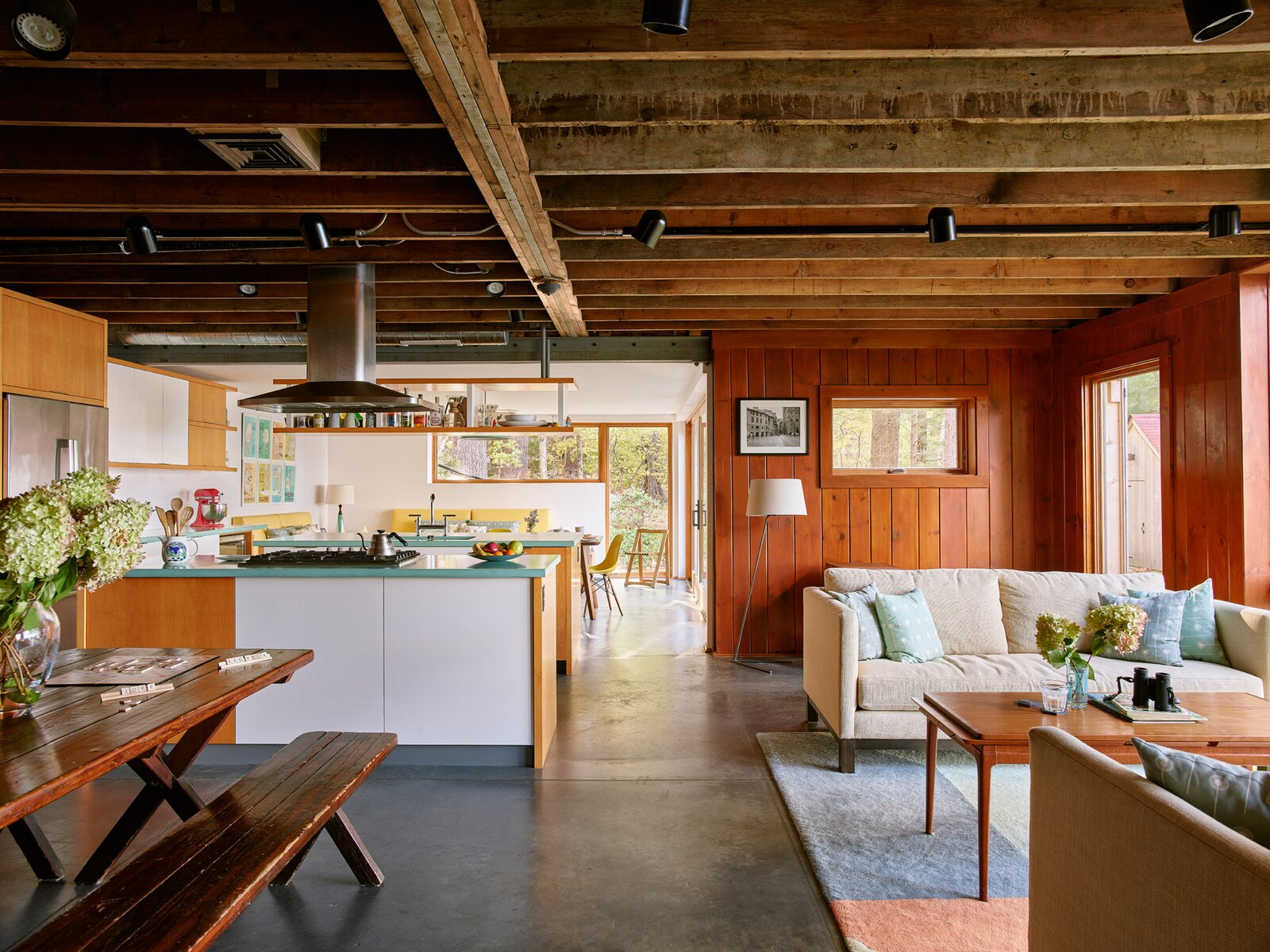 New Hampshire Lake Cabin by KCS Architects kitchen and living room