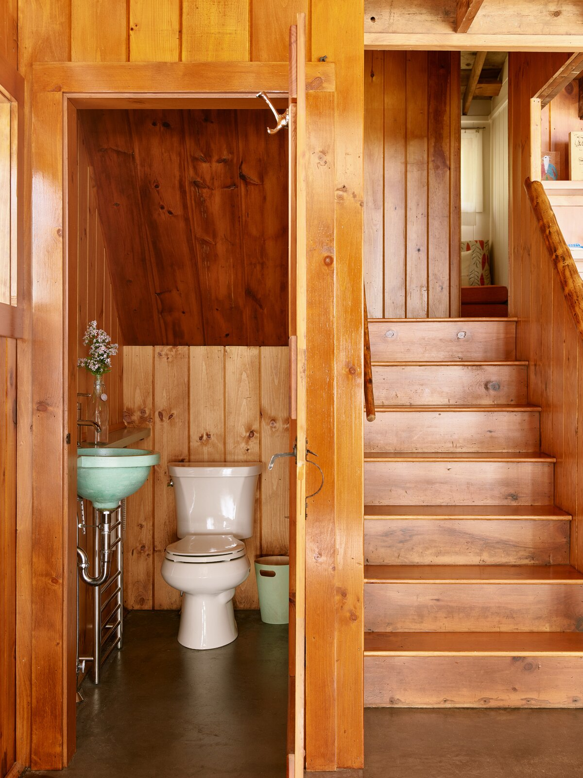 New Hampshire Lake Cabin by KCS Architects powder room