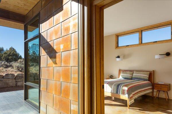 Escalante Escape bedroom/exterior