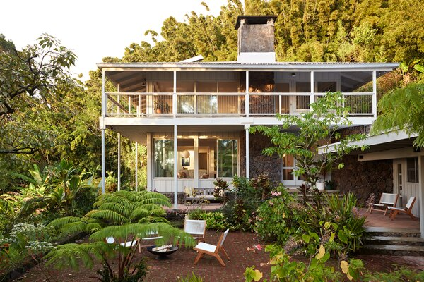 Interior designer Ginger Lunt revives a 1954 residence that she fell in love with as a young girl growing up in the tropical forests of Mount Tantalus.