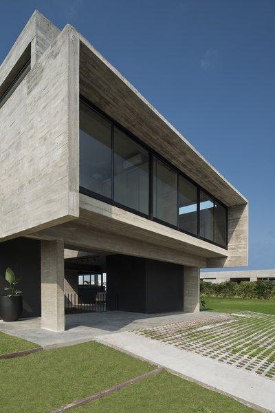 Castaños House by Arch. Ekaterina Kunzel & Arch. María Belén García Bottazzini