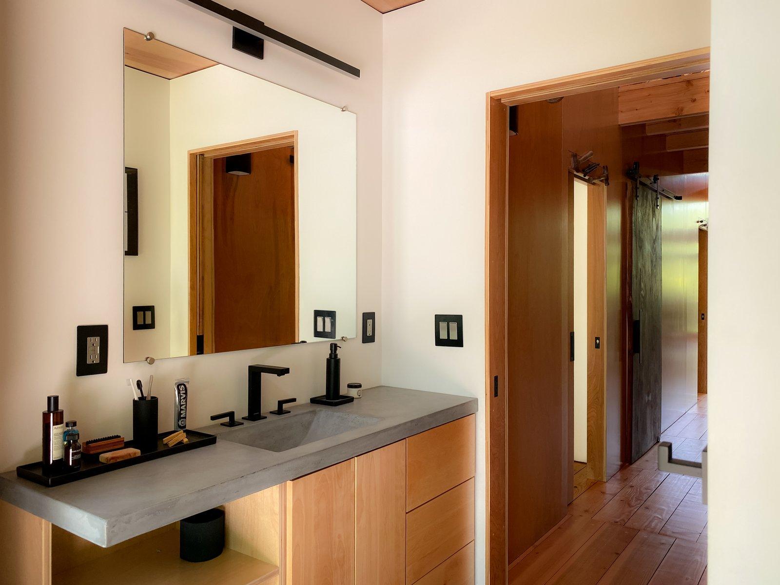 The Shop by Erin Pellegrino guest bathroom
