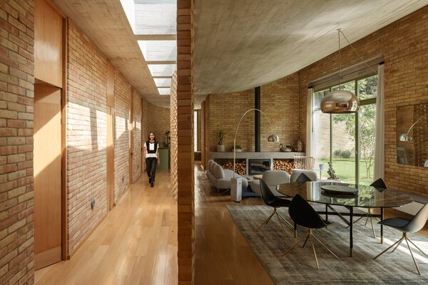 Proportion and contrast allow for a fluid experience of space when moving through the home.