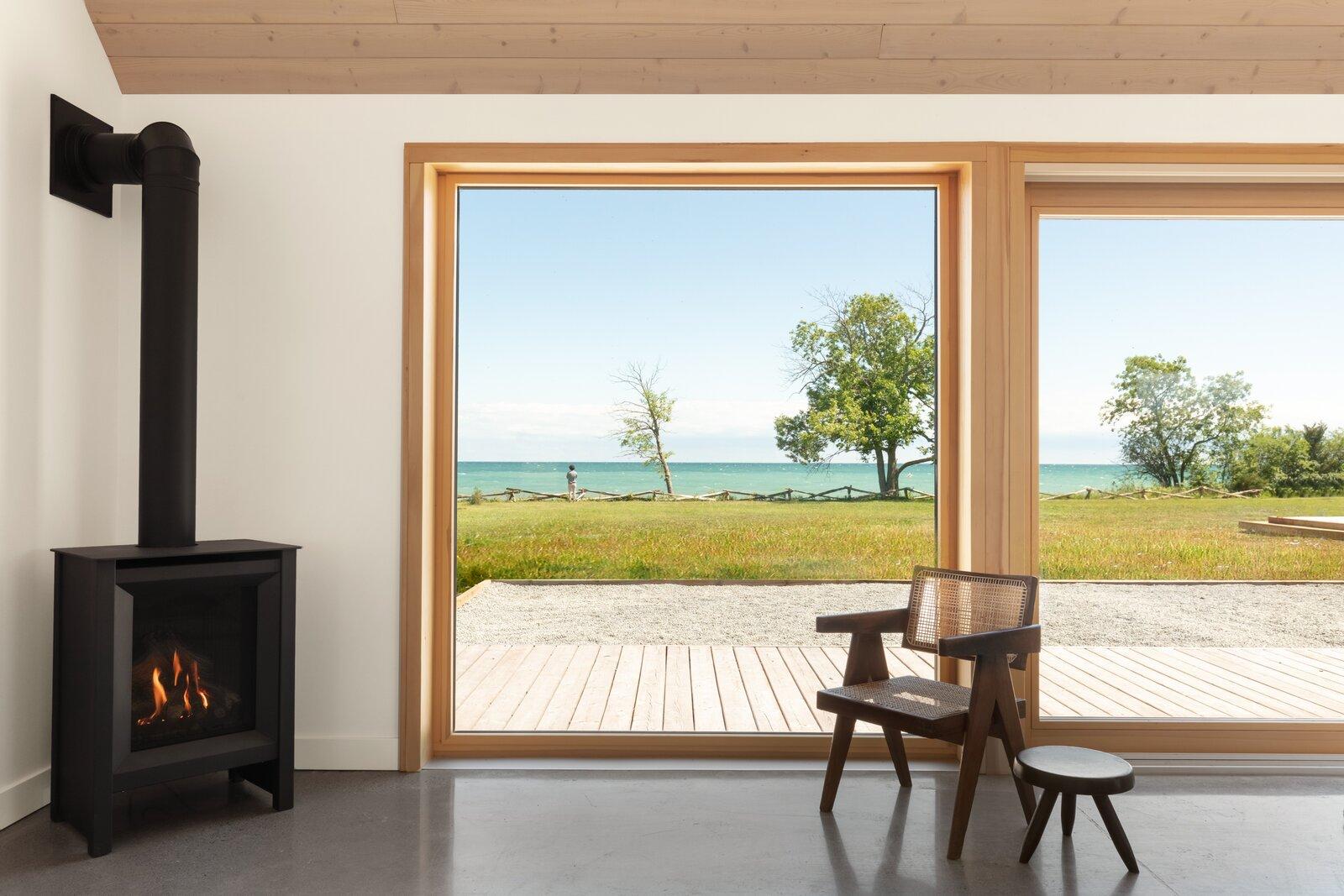 Ravi Handa Architect and AAmp Studio Ell House living room