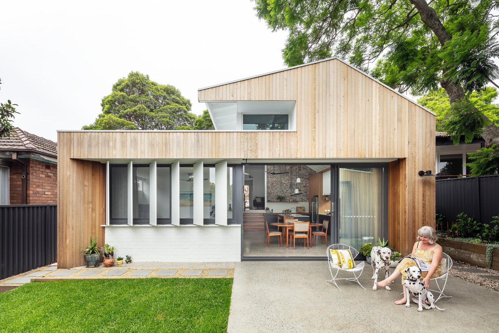 Mark Szczerbicki Design Studio Collectors' Cottage patio