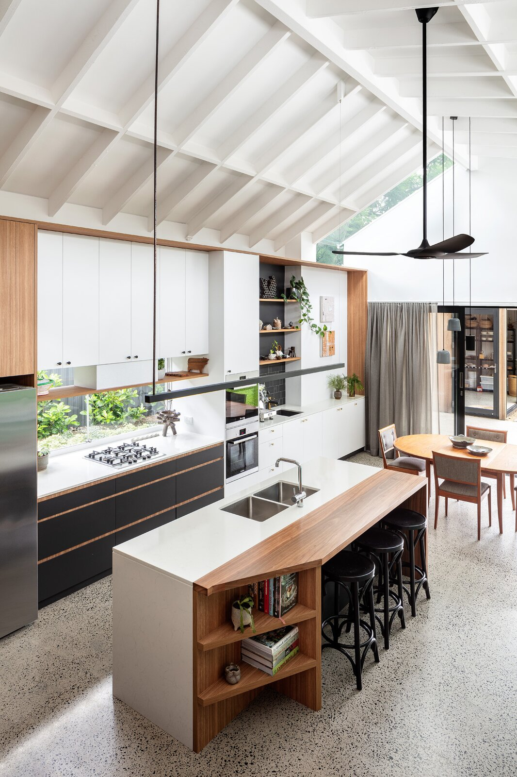 Mark Szczerbicki Design Studio Collectors' Cottage kitchen