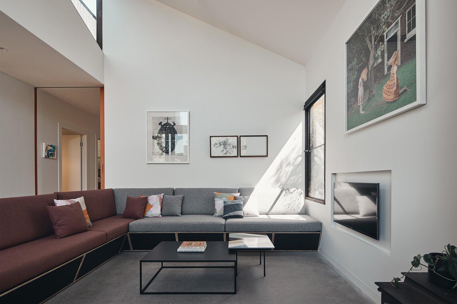 FMD Architects Split House living room