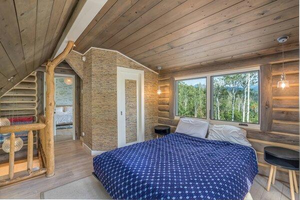 Bedroom across from master bedroom.