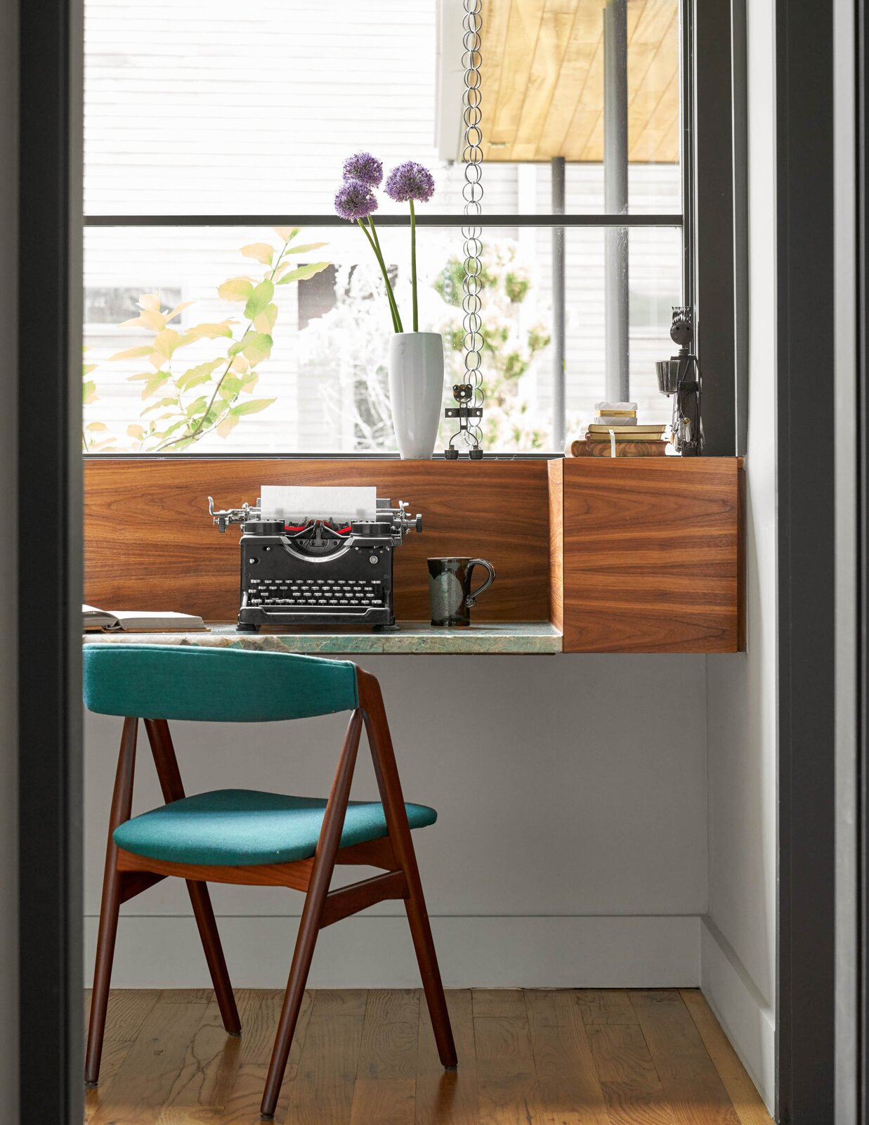 Home office in River House 2 by Bentley Tibbs Architect