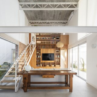 An Empty-Nester Couple's Home Near Buenos Aires Draws Inspiration From the Eames House