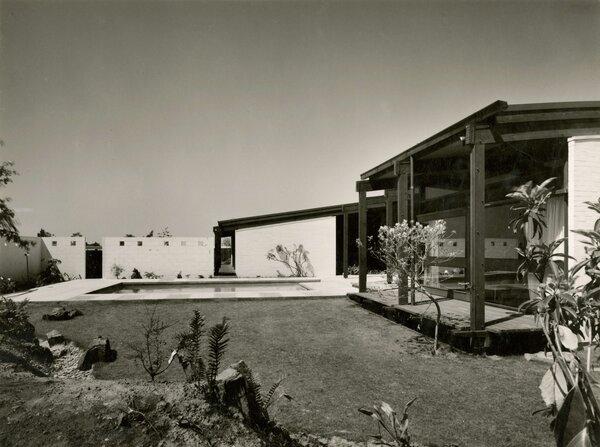 1965 archival image