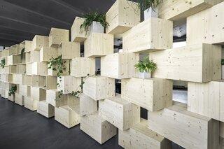 Parametrical interior design for MAVEO
