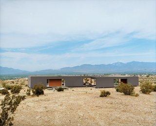 #desertutopia<br>#desert<br>#marmolradziner<br>#marmol<br>#radzinner<br>#prefab<br>#exterior<br>#modernarchitecture